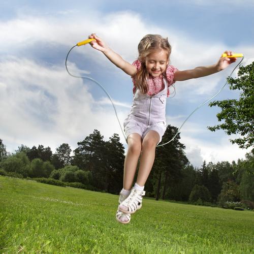 Игры со скакалкой для детей!
