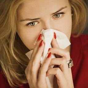 آلرژی و سرماخوردگی از علل سرفه است